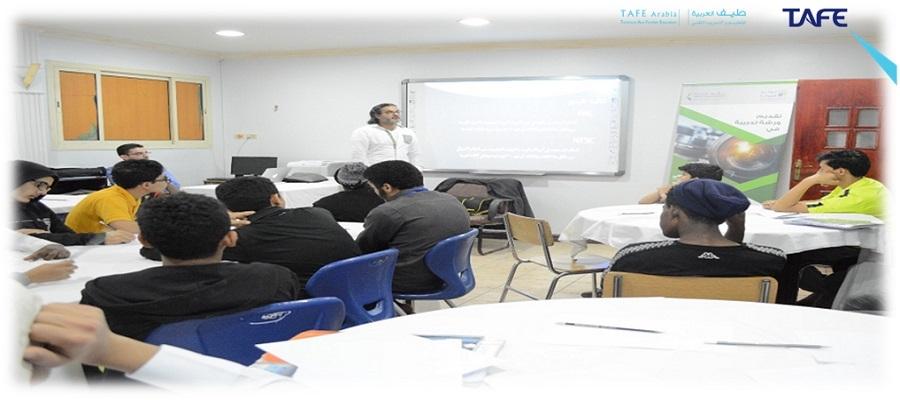 طيف العربية تطلق دورة مهارات التصوير السينمائي لمنتسبي تراحم الشرقية